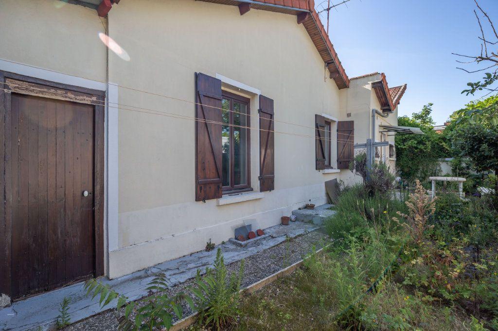 Maison à vendre 4 69.6m2 à Champigny-sur-Marne vignette-1