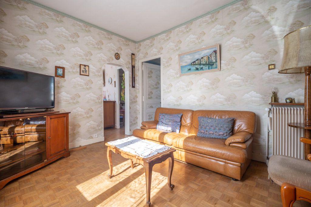 Maison à vendre 4 69.6m2 à Champigny-sur-Marne vignette-4
