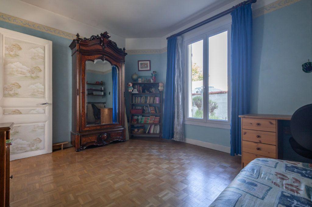 Maison à vendre 4 69.6m2 à Champigny-sur-Marne vignette-6