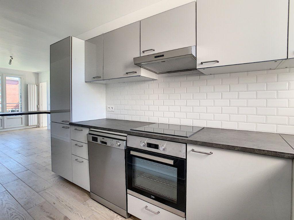 Appartement à louer 3 51.98m2 à Champigny-sur-Marne vignette-3