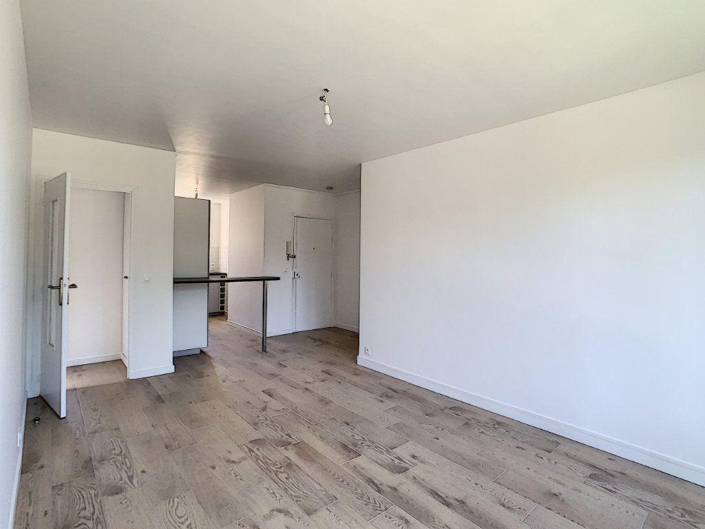 Appartement à louer 3 51.98m2 à Champigny-sur-Marne vignette-5