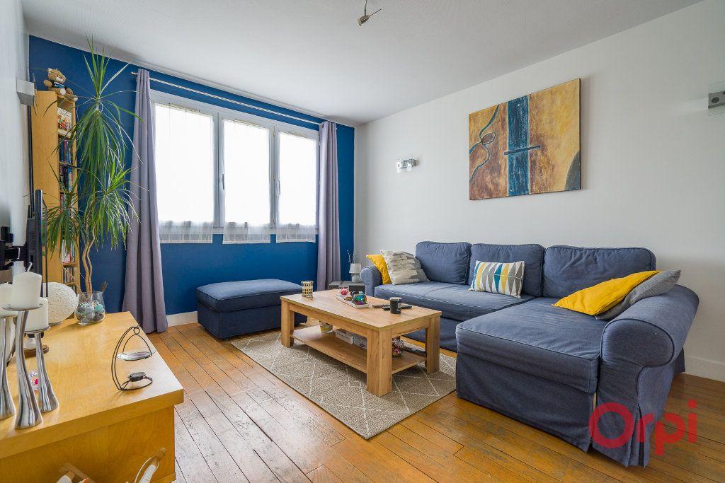 Appartement à vendre 4 64m2 à Champigny-sur-Marne vignette-1