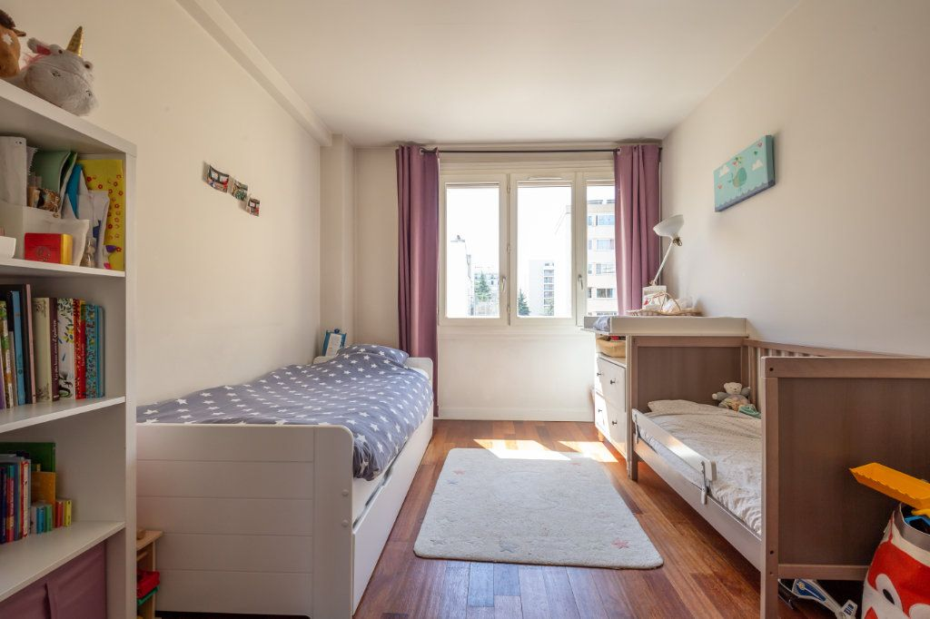 Appartement à vendre 3 75m2 à Paris 11 vignette-5