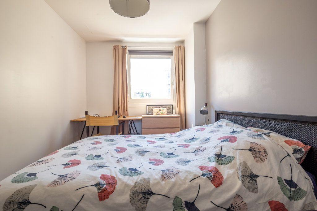 Appartement à vendre 3 75m2 à Paris 11 vignette-6