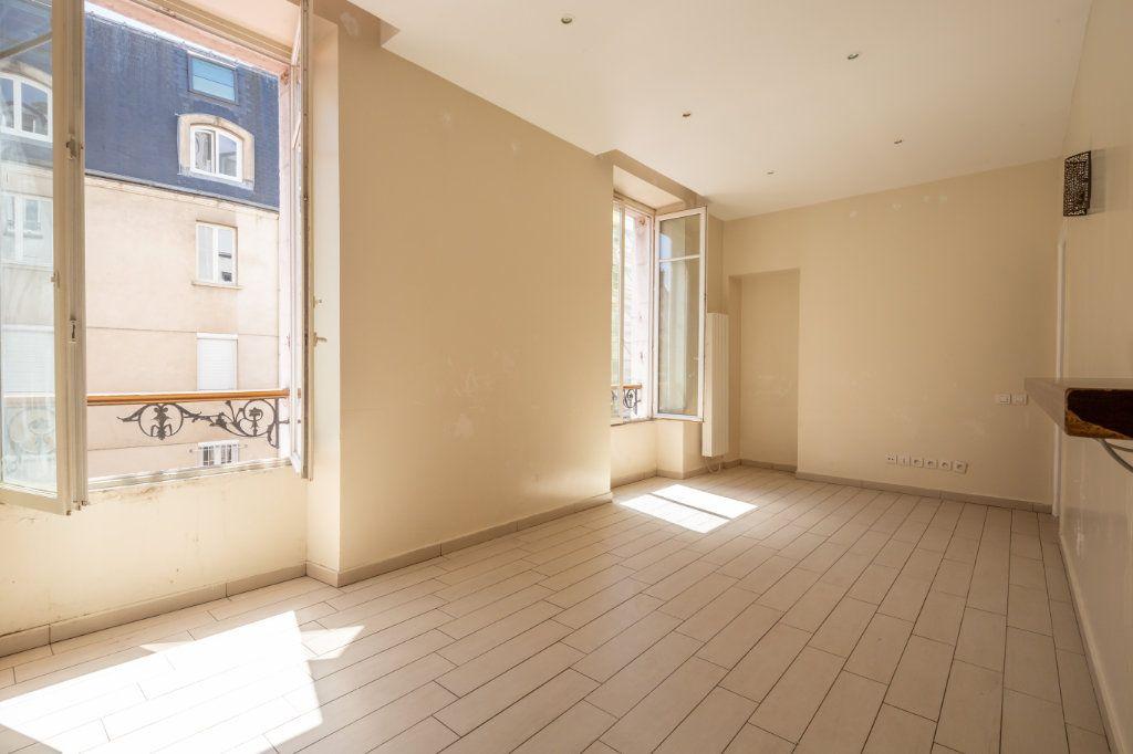 Appartement à vendre 3 54m2 à Saint-Maurice vignette-4