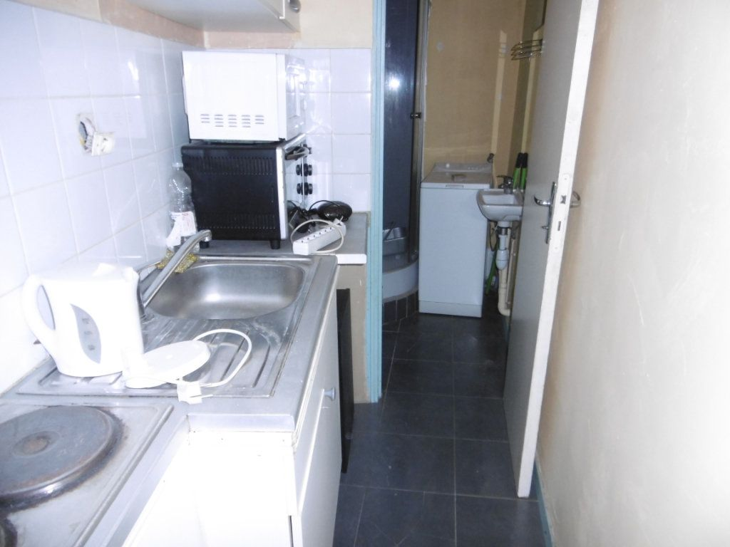 Appartement à louer 1 25m2 à Limoges vignette-2