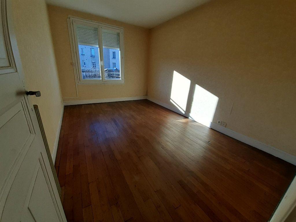 Appartement à louer 2 44.28m2 à Limoges vignette-4