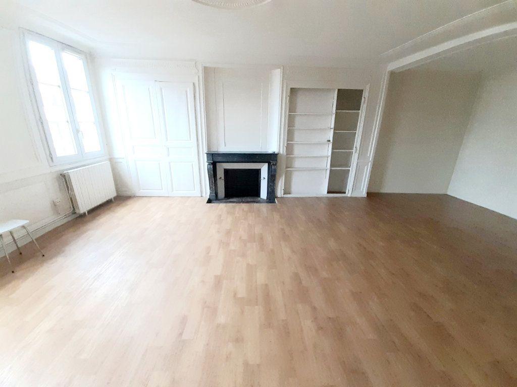 Appartement à louer 5 102m2 à Limoges vignette-7