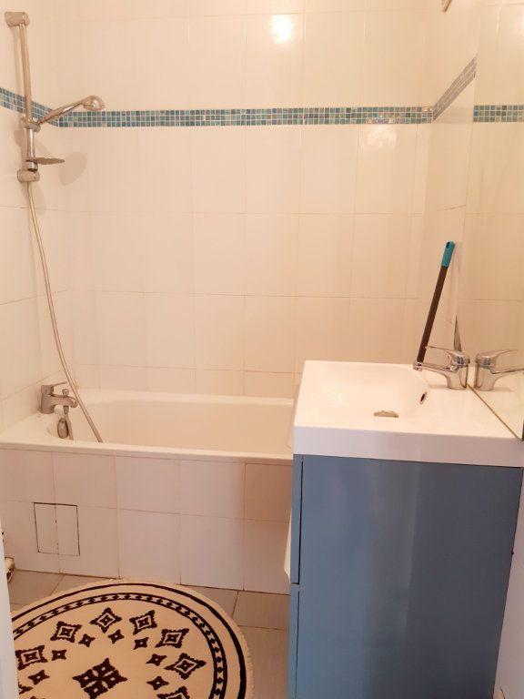 Appartement à louer 3 57m2 à Limoges vignette-7
