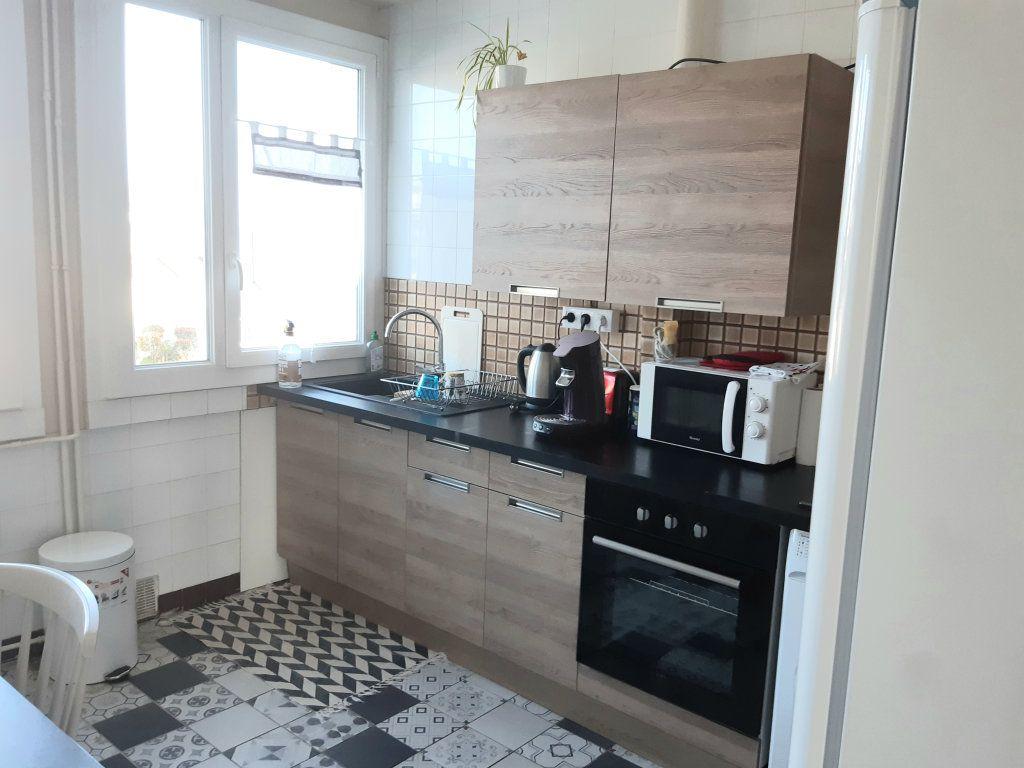 Appartement à louer 3 57m2 à Limoges vignette-10