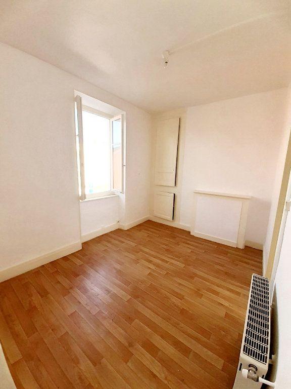 Appartement à louer 2 28.49m2 à Limoges vignette-2