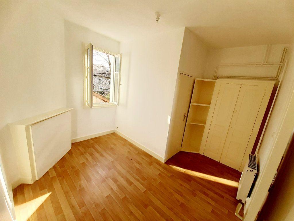 Appartement à louer 2 28.49m2 à Limoges vignette-4