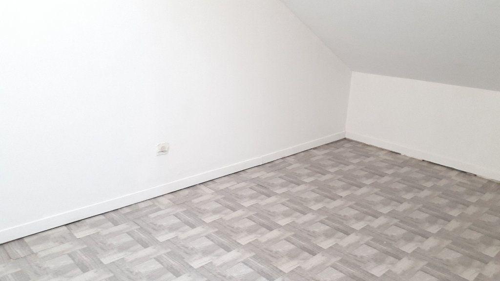 Appartement à louer 2 17m2 à Limoges vignette-3