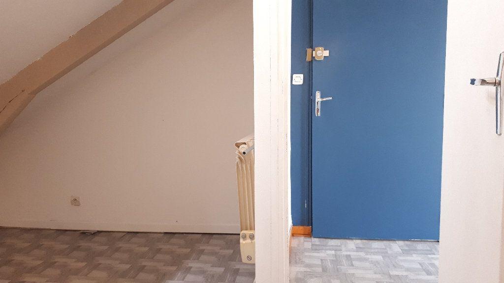 Appartement à louer 2 17m2 à Limoges vignette-5