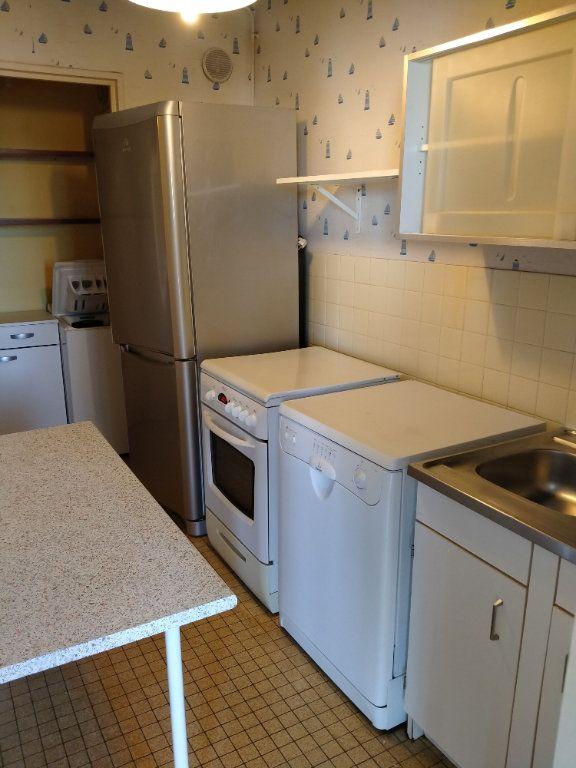 Appartement à louer 2 52m2 à Limoges vignette-4