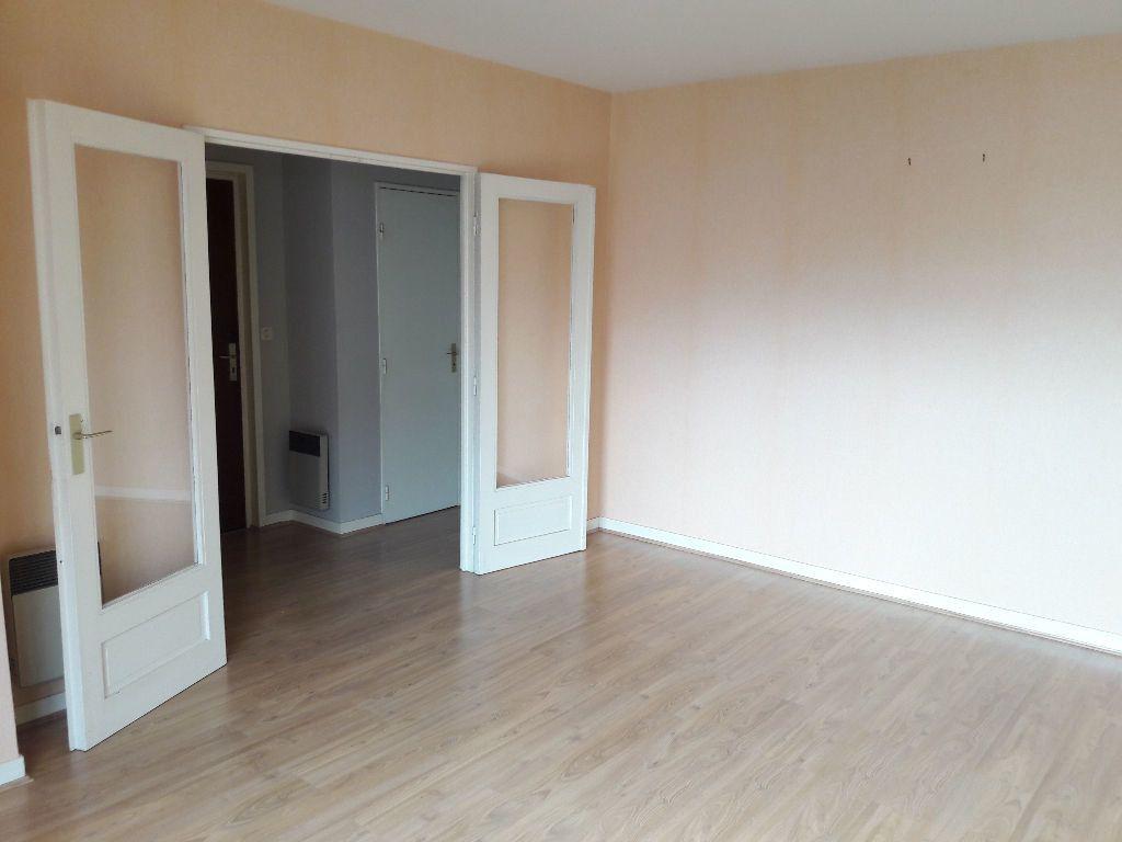 Appartement à louer 2 46.23m2 à Limoges vignette-1