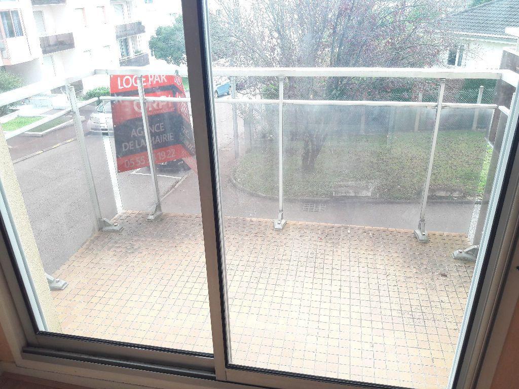 Appartement à louer 2 46.23m2 à Limoges vignette-3