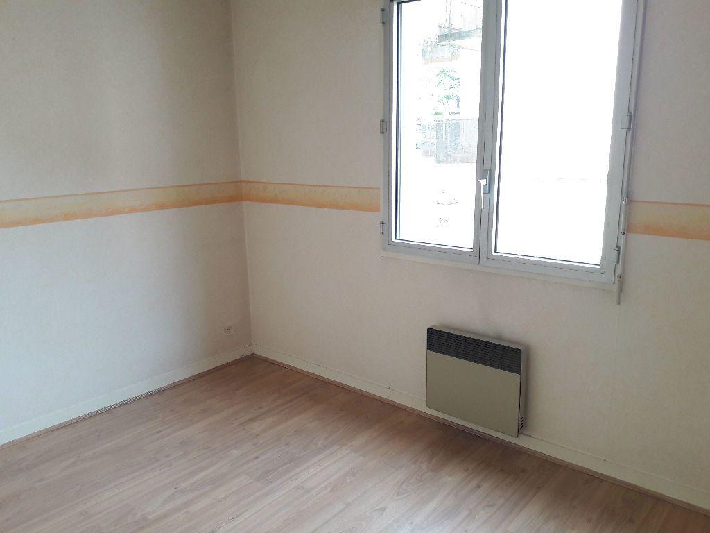 Appartement à louer 2 46.23m2 à Limoges vignette-9