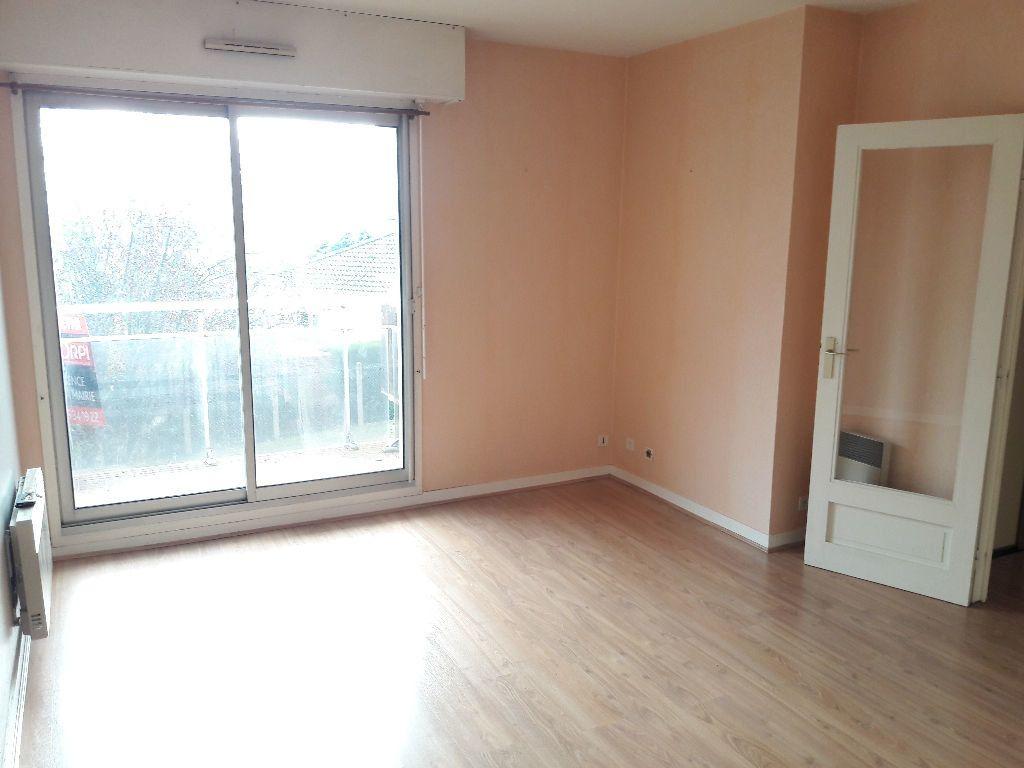 Appartement à louer 2 46.23m2 à Limoges vignette-10