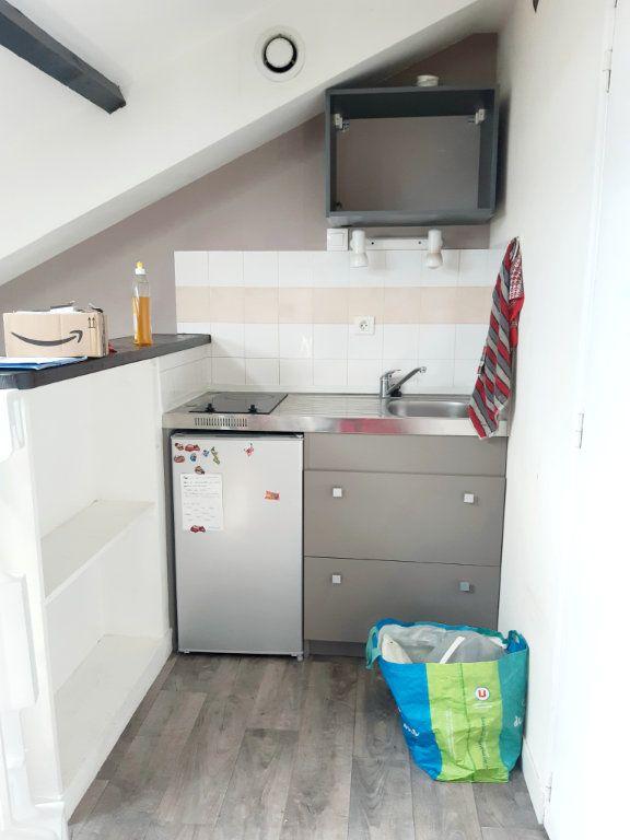 Appartement à louer 1 16.88m2 à Limoges vignette-4