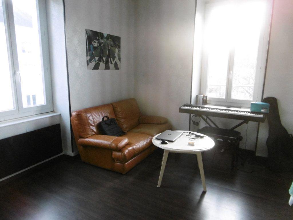 Appartement à louer 1 21.9m2 à Limoges vignette-4