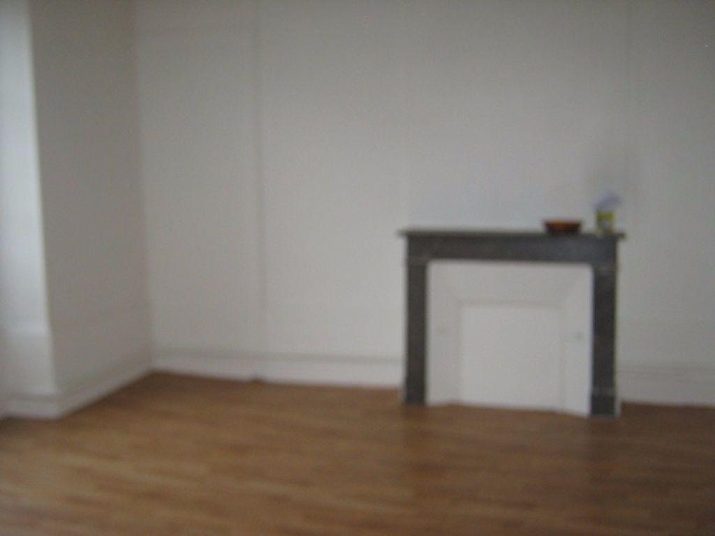 Appartement à louer 1 38.94m2 à Limoges vignette-3