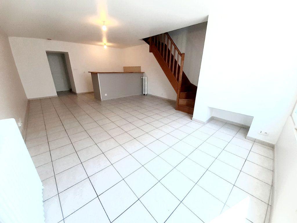 Appartement à louer 4 80.7m2 à Limoges vignette-2