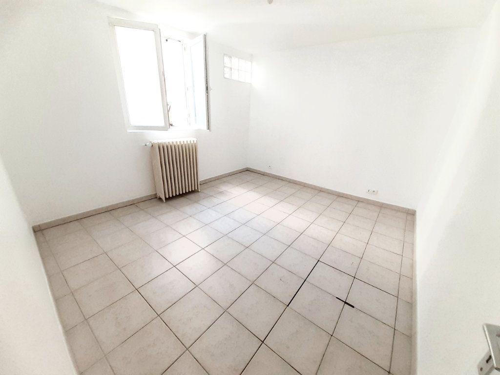 Appartement à louer 4 80.7m2 à Limoges vignette-6