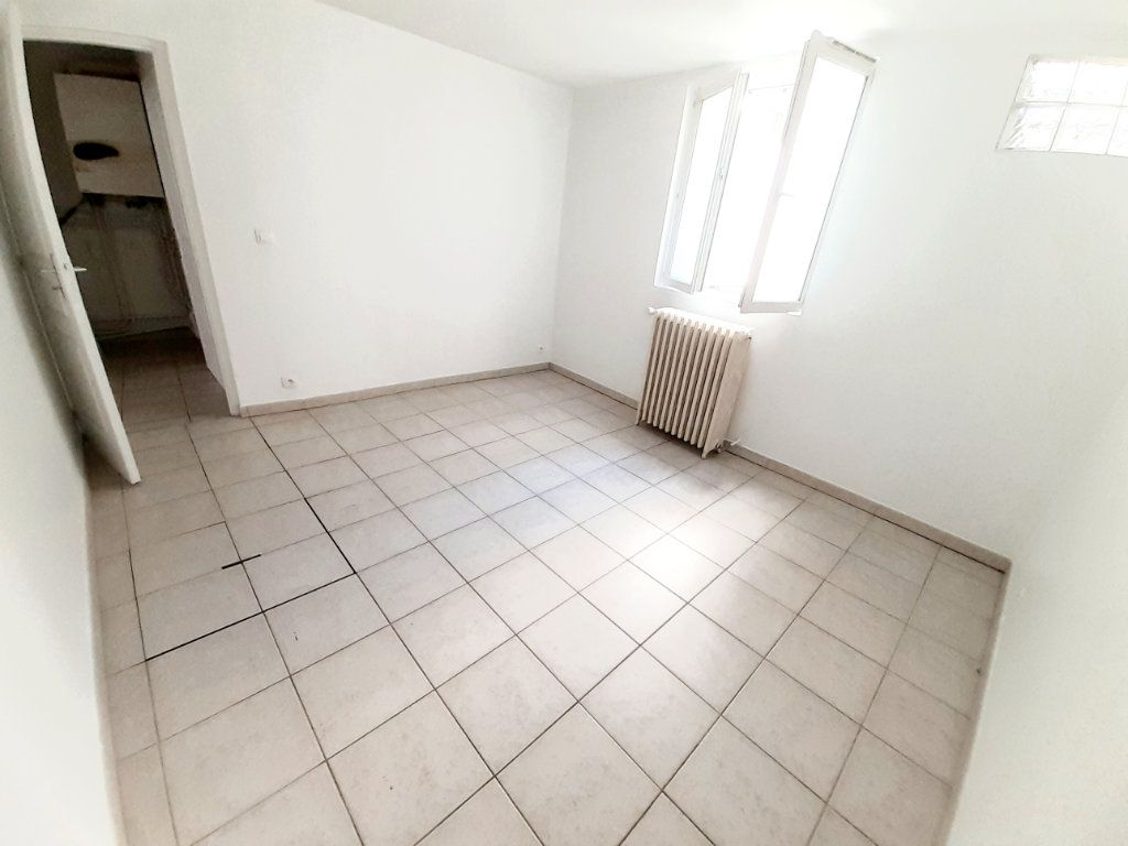 Appartement à louer 4 80.7m2 à Limoges vignette-13