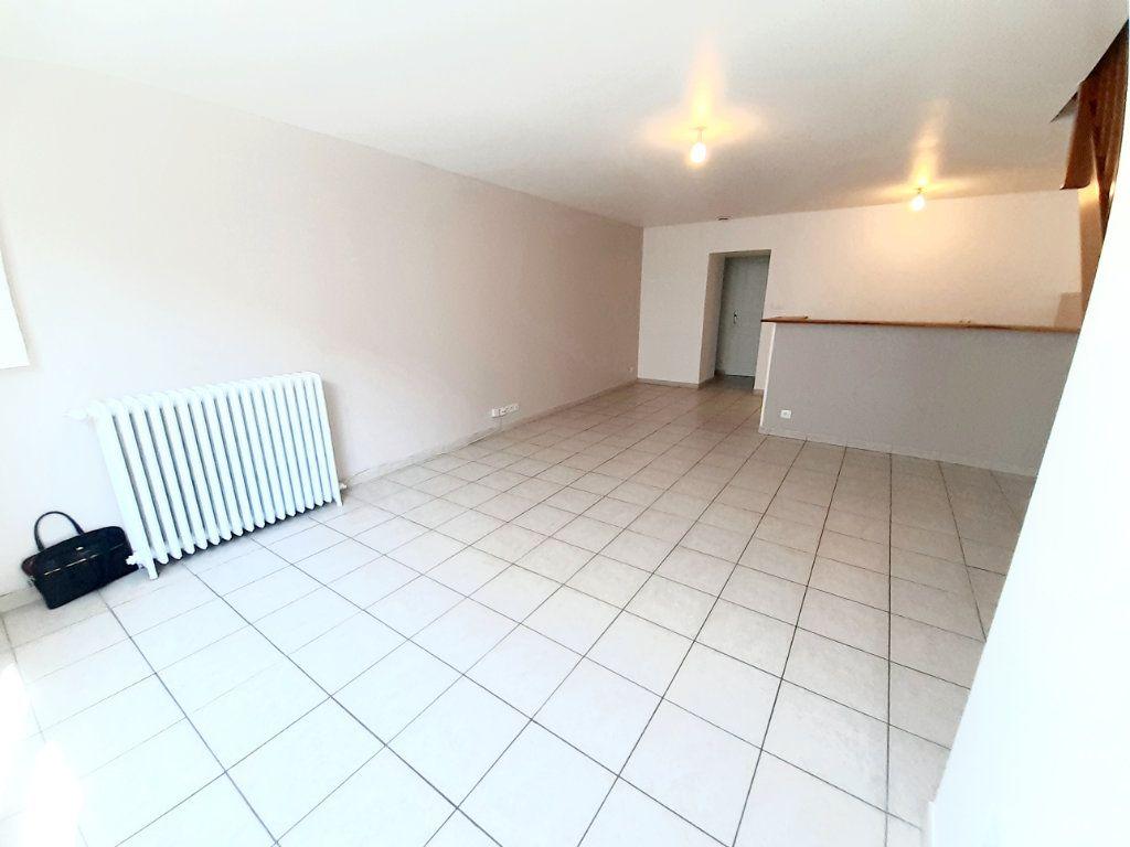 Appartement à louer 4 80.7m2 à Limoges vignette-14