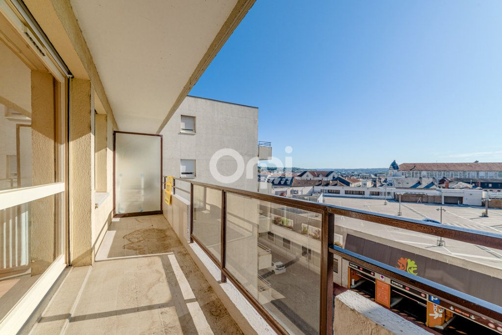 Appartement à louer 4 76.9m2 à Limoges vignette-1