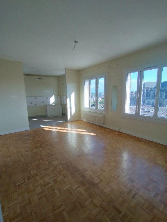 Appartement à louer 3 78m2 à Limoges vignette-1