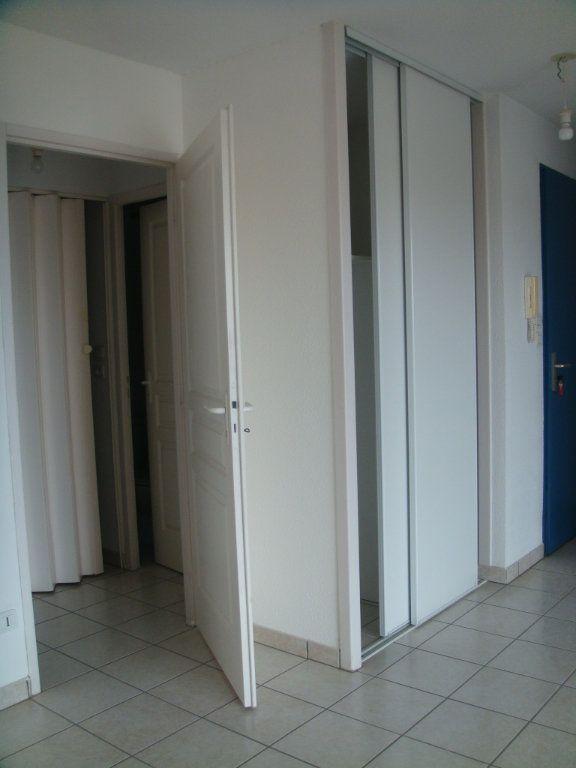 Appartement à louer 3 56m2 à Saint-Pierre-du-Mont vignette-6