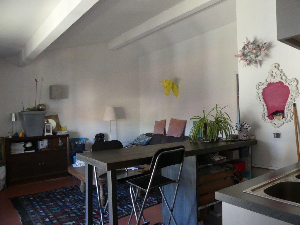 Appartement à louer 2 46m2 à Mont-de-Marsan vignette-2