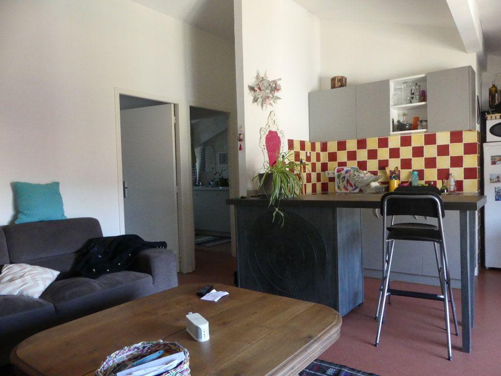 Appartement à louer 2 46m2 à Mont-de-Marsan vignette-3