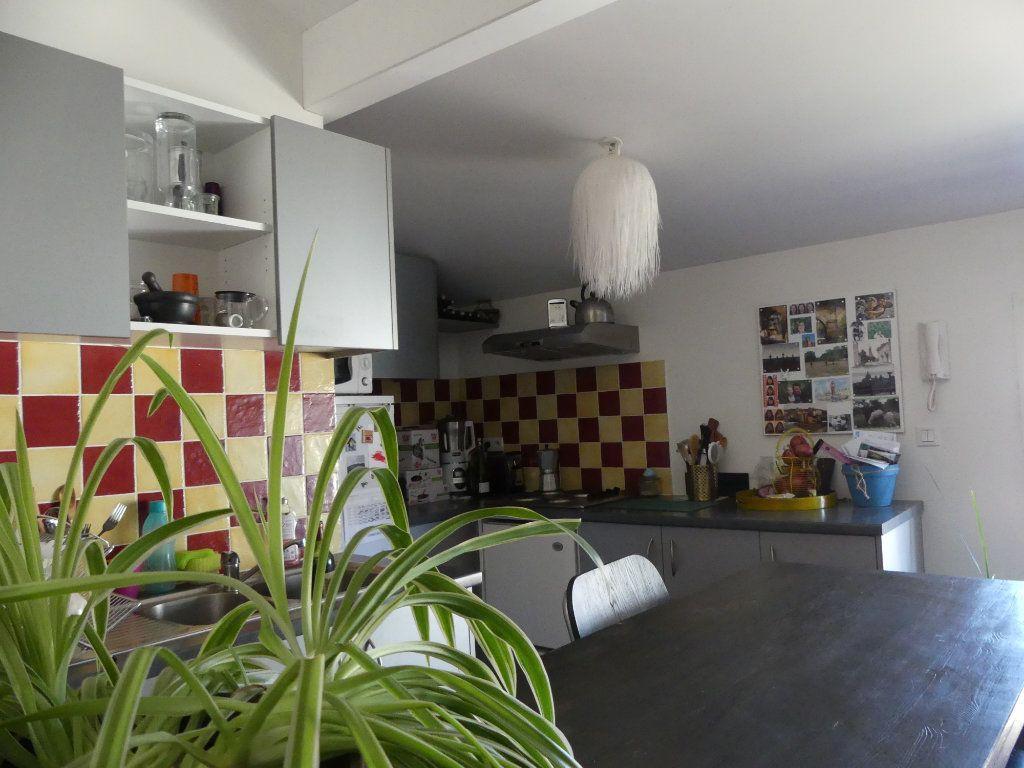 Appartement à louer 2 46m2 à Mont-de-Marsan vignette-4