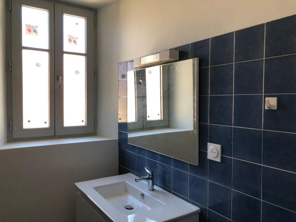 Appartement à louer 3 78m2 à Saint-Sever vignette-4