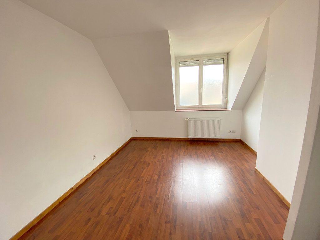 Appartement à louer 4 71m2 à Boulogne-sur-Mer vignette-5