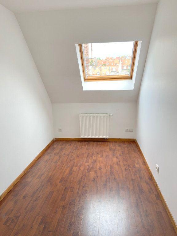 Appartement à louer 4 71m2 à Boulogne-sur-Mer vignette-7
