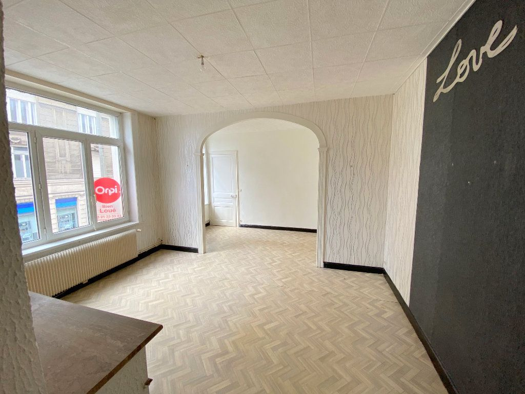 Appartement à louer 3 63m2 à Boulogne-sur-Mer vignette-1