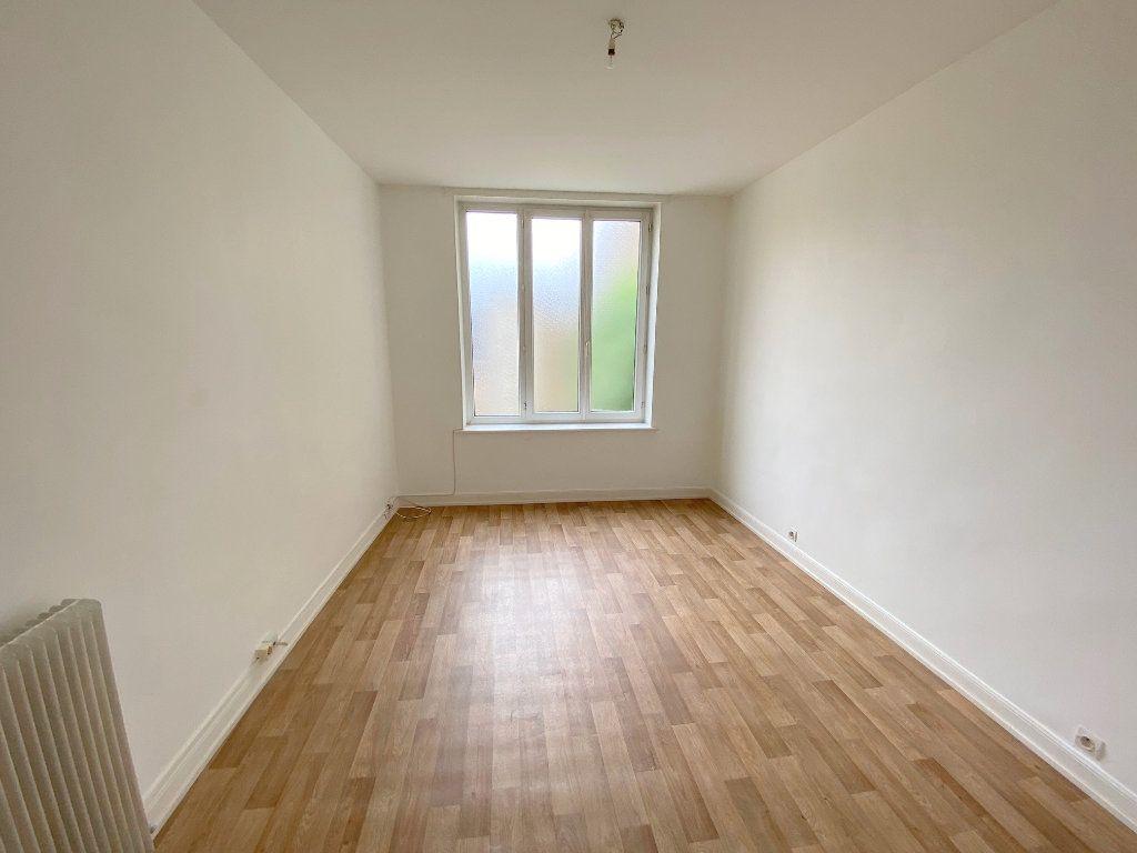 Appartement à louer 3 63m2 à Boulogne-sur-Mer vignette-4