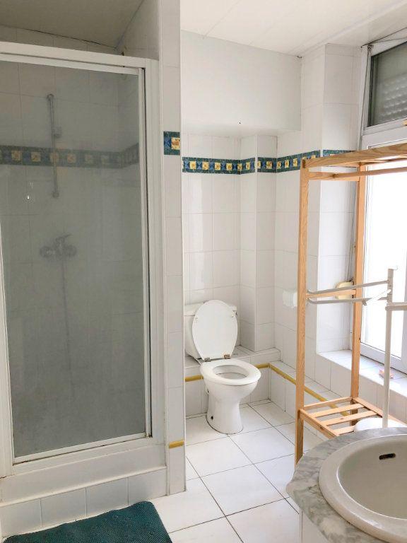 Appartement à louer 1 24m2 à Boulogne-sur-Mer vignette-4