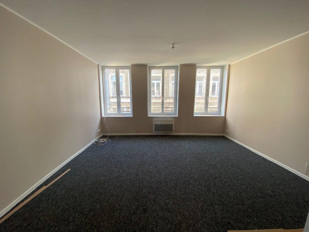 Appartement à louer 4 73m2 à Boulogne-sur-Mer vignette-1