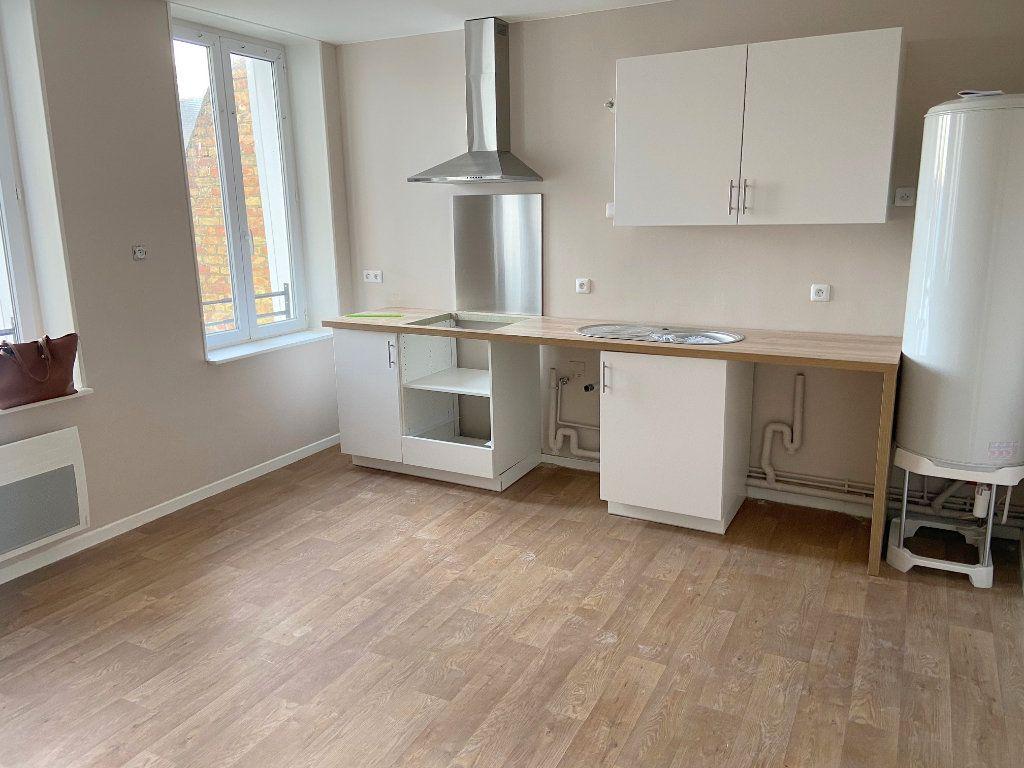 Appartement à louer 4 73m2 à Boulogne-sur-Mer vignette-2