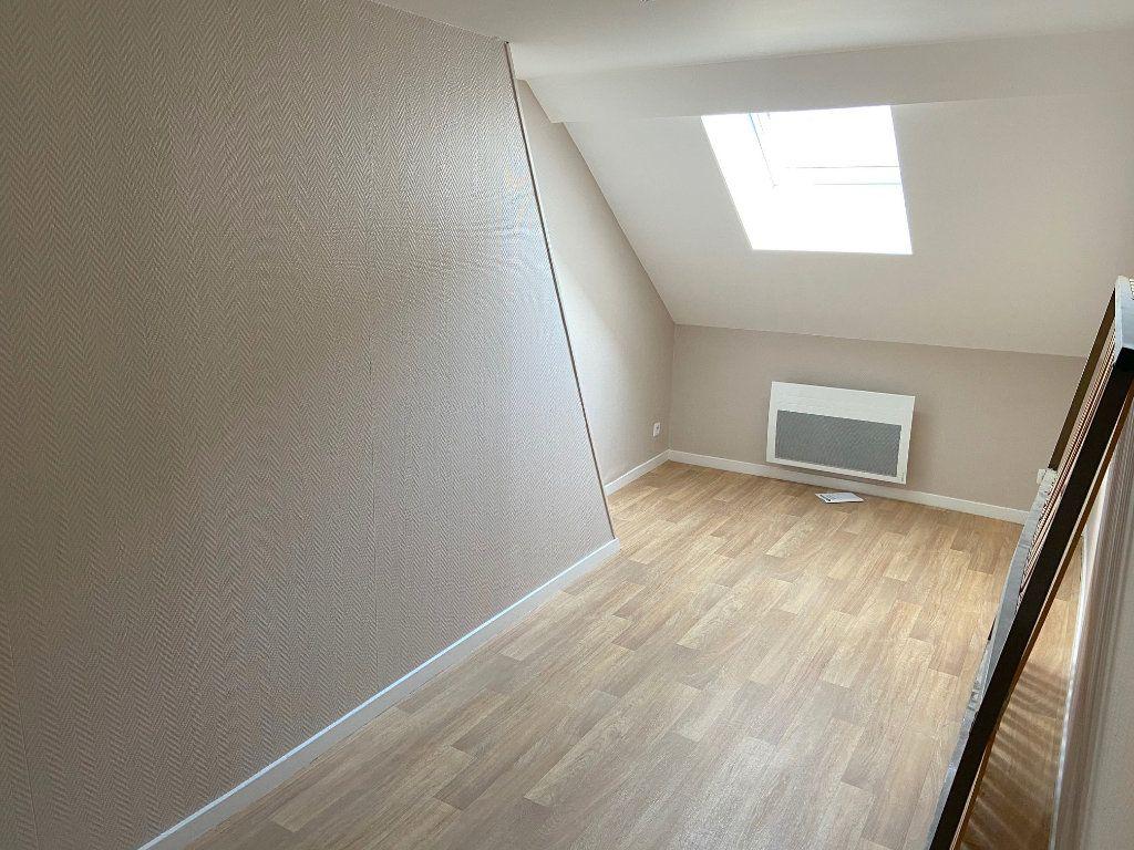 Appartement à louer 4 73m2 à Boulogne-sur-Mer vignette-4