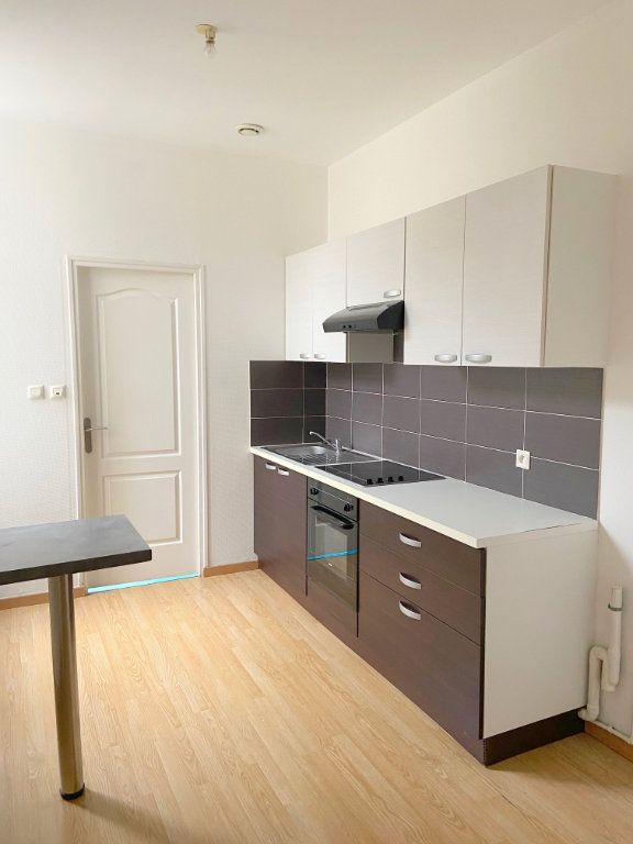 Appartement à louer 3 53m2 à Boulogne-sur-Mer vignette-3