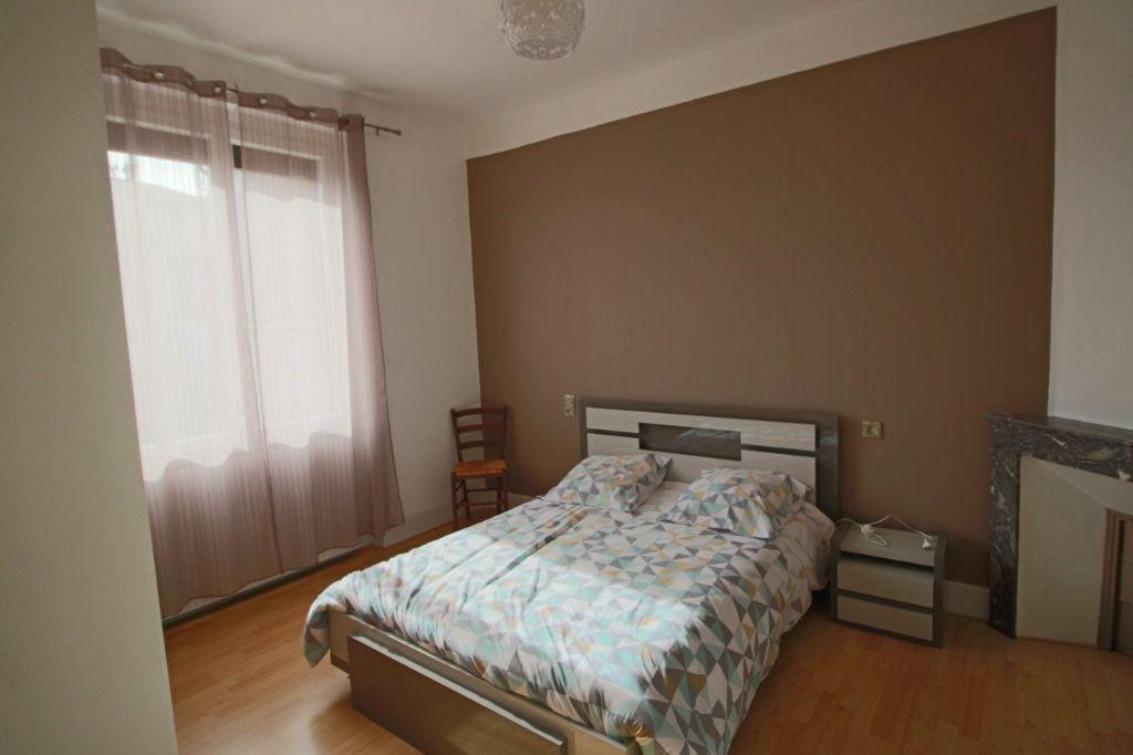 Maison à vendre 7 150m2 à Montpezat-de-Quercy vignette-5