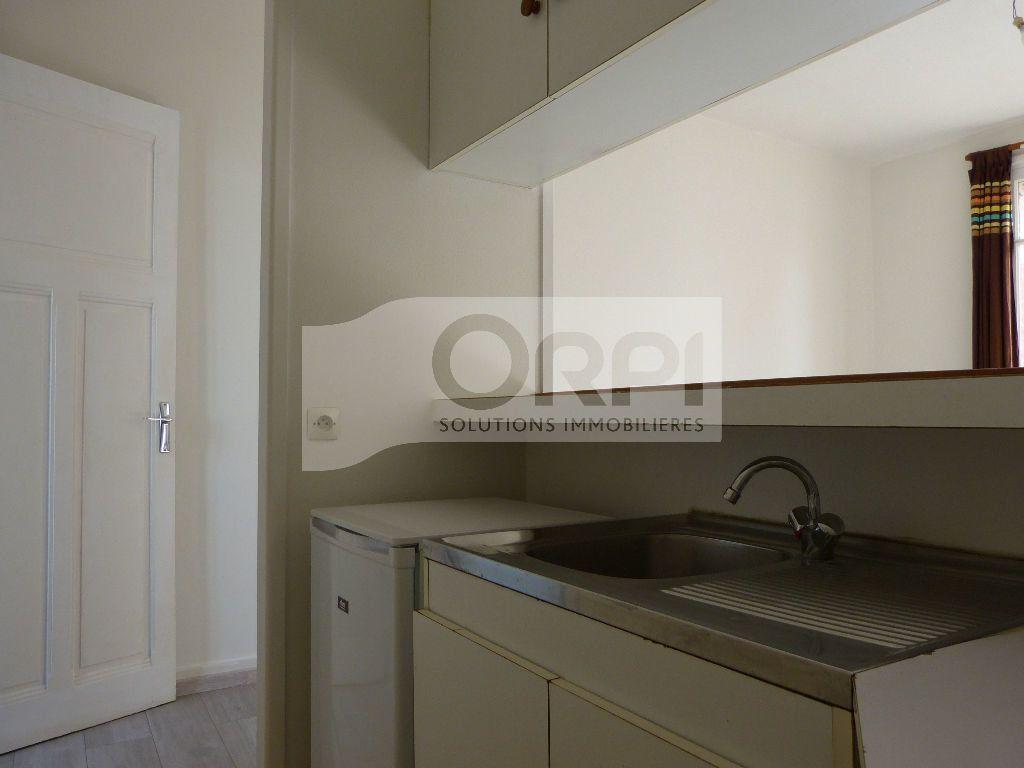 Appartement à louer 1 24.71m2 à Évreux vignette-2