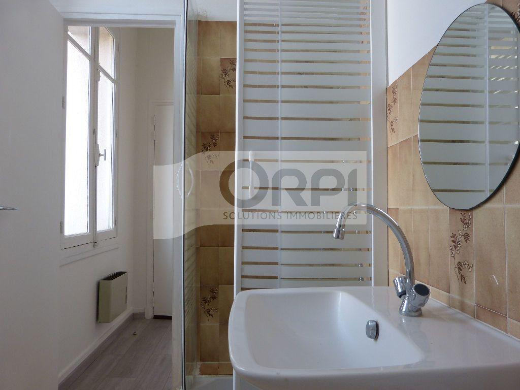 Appartement à louer 1 24.71m2 à Évreux vignette-3