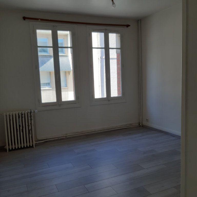Appartement à louer 1 24.71m2 à Évreux vignette-5